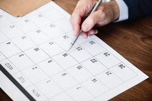 Calendar planner to help you book a moving company.